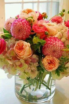 La Vie- et Bouquets- en Rose...