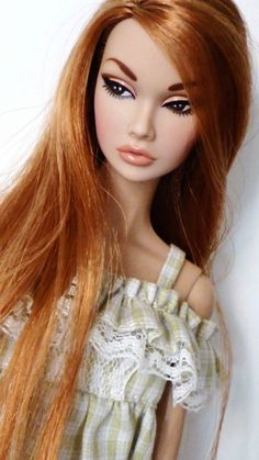 """Repaint by Idrusa. Rerooted in """"copper titian"""" saran hair. Beautiful Barbie Dolls, Pretty Dolls, Fashion Royalty Dolls, Fashion Dolls, Barbie Model, Barbie Style, Poppy Doll, That Poppy, Barbie Makeup"""