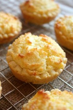 Hong Kong Style Coconut Tarts // www.scarletscorchdroppers.com