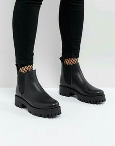 Image 1 of Steve Madden Bleeker Leather Track Sole Chelsea Ankle Boots Chelsea Ankle Boots, Mid Calf Boots, Black Ankle Boots, Black Shoes, Knee Boots, Ankle Booties, Moto Boots, Black Booties, Fishing Shoes