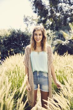 Dahlia Tenney, only child, down to earth, dancer, pro sandwich maker Sadie Robertson, Robertson Family, Summer Outfits, Cute Outfits, Rue 21 Outfits, Modest Fashion, Fashion Outfits, Queen, Playing Dress Up