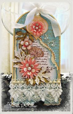 Plain and Fancy Papercrafts: Heartfelt Creations Delicate Asters Tag
