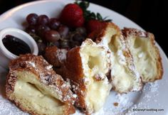 Three-Cheese Monte Cristo in Disneyland!!