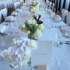 pretty idea - with the wood block for the table name