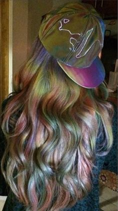 Oil Slick Is the Rainbow Hair color Technique Brunettes Can Wear Slick Hairstyles, Pretty Hairstyles, Hairstyles Haircuts, Cabello Opal, Oil Slick Hair Color, Hair Colour, Pelo Multicolor, Opal Hair, Coiffure Hair