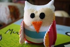 Sock owl! Tutorial at http://whimsyloft.com/2010/02/tutorial-socks-owl/