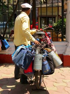 BombayJules: The Mumbai Dabbawalas - Dabba Dabba Do!