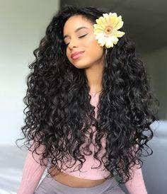Swipe left for more curls • • • Products: ~Shea moisture JBCO Leave-in conditioner ~Eco styler gel (Crystal) • #curl#curlyhair#curlygirlmethod #curlyhairstyles #curlsforthegirls #curly#curlscurlscurls #curlsforthegirls #curlsfordays #haar #krullen #hairstyles #haircut #longhair #longcurlyhair#naturallycurly