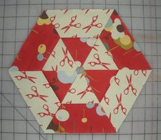 hexagon quilt along... block #1 | Jaybird Quilts  tut on how not to have to sew Y seams for this