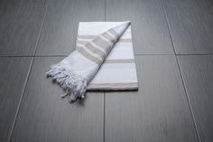 Peshtemal_Fouta_Turkish_Towel_Findikli_Denizli_Beige_88814MAR09_v2.JPG