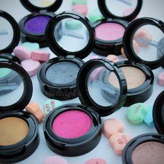Agape Love Designs  MBA Cosmetics Pressed Silk FX Eye Shadows + Discount  Maquiagem Da Mac fbf6af5e74c