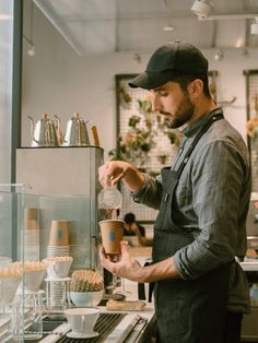 Nestlé Targets High-End Coffee by Taking Majority Stake in Blue Bottle - The New York Times