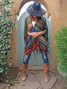 """Hip Length Knitted Womens Bohemian Festival Hippie Beach Poncho Cape Shawl (""""For… Hippie Beach, Hippie Boho, Boho Gypsy, Bohemian Mode, Boho Chic, Bohemian Style, Moda Boho, Hippie Style, Crochet Shawl"""