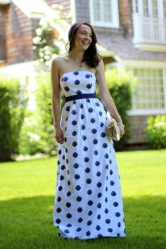 Love how College Prepster styled our Shell Clip Maxi Dress!