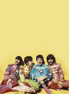 The Beatles - Sgt. Pepper's photo-shoot. Veja também…