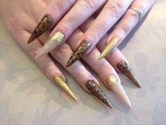 Estructura de uñas esculpidas Stilleto