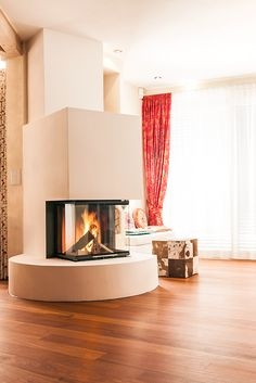 The square must go round. Or differently: The three-sided BRUNNER panoramic fireplace … - Home Page Room Design, House, Home Fireplace, Cozy House, Fireplace Console, Fireplace Design, Fireplace, Wood Stove Fireplace, Living Room Designs