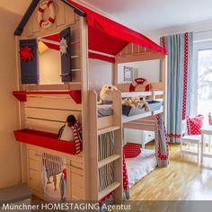 Mit weißen Möbeln und der entsprechenden Dekoration sowie Farbwahl, lassen sich im Handumdrehen tolle Kinderzimmer zu verschiedenen Themen zaubern. Hier das…