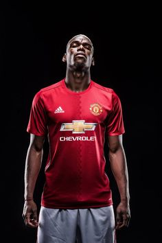 Paul Pogba has completed his move to Manchester United. He will wear the No 6 shirt at Old Trafford having signed a bumper five-year contract to work under Jose Mourinho. Camisa Del Manchester United, Manchester United Home Kit, Official Manchester United Website, Manchester United Football, Manchester England, Paul Pogba, Steven Gerrard, Old Trafford, Man United