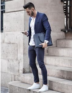 Smart Casual: Kill Two Birds with One Stone :: Menzrobe Business Casual Outfits For Work, Business Casual Men, Business Style, Blazer Outfits Men, Blue Blazer Outfit Men, Fashion Business, Mode Man, Mens Fashion Suits, Men's Fashion