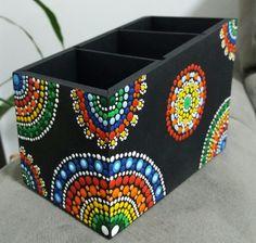 Porta controles mandalas Pontos em Cores www.facebook.com/Pontos.em.Cores/