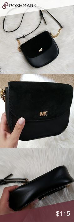 Gorgeous Michael Kors Black Crossbody! This bag is stunning! Kept in great  condition. 710deebb969c0