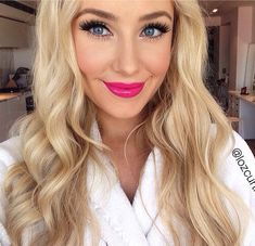 Lauren Curtis - perfect pink lipstick colour!