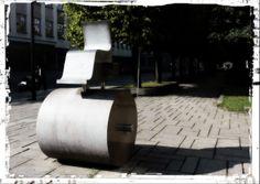 Kaunas (Lietuva). Monumento significativo, nel Viale della Libertà.