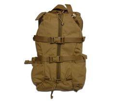 The Tarahumara pack is named after an indigenous tribe in northern Mexico, famous for their running prowess. It is a simple stripped down pack designed to carry 2 quarts of water and enough gear for a