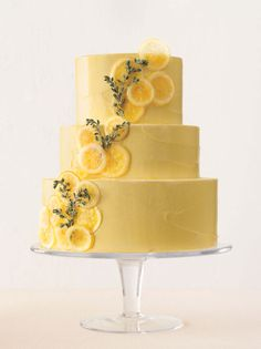 Lemon + Thyme Wedding Cake #Wedding #CitrusInspired #BBJLinen #BBJTableFashions