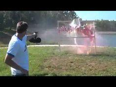 Demonstração de poder de fogo da Pistola GLOCK..