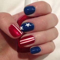 20 Patriotic 4th Of July Nail Art Tutorials  #4thofjulynails #4thofjulynailart #nailarttutorials #nailtutorials