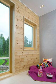 Girls room. Honka Lumi. Scandinavian Cabin, Log Home Interiors, Interior Walls, Log Homes, Wonderful Things, Wall Colors, Finland, Windows, Wood