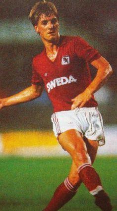 Wim Kieft of Torino & Holland in Football Italy, Soccer, 1980s, Style, Google, Fashion, Swag, Moda, Futbol