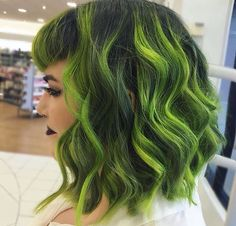 Dimensional green hair Green hair Vivid green Neon green By @nealmhair - Don't think this would suit me but it looks beautiful!