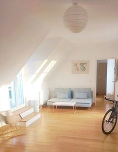 Our minimalist, zero-waste home featured on Apartment Therapy. Visit paris-to-go.com for more photos and information