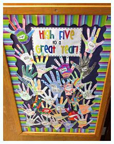 3rd Grade Thoughts: Day 2: High Five To a Great Year! Have students write a goal on each finger and how they'll achieve them in the palm!