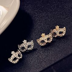 Moda feminina Diamante Máscara Studs -