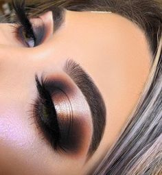 [New] The 10 Best Eye Makeup Ideas Today (with Pictures) - Bronze shimmery Smokey Eye By # Maquillage Cut Crease, Cut Crease Eyeshadow, Bronze Eyeshadow, Bronze Makeup, Cut Crease Makeup, Glitter Eyeshadow, Eyeshadow Makeup, Eyeshadows, Smokey Eye With Glitter