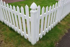 Wood Fence Replacement – Cedar Fence Repairs – Install Fencing