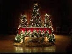 Church decorations church decorations pinterest for Decoration epiphanie