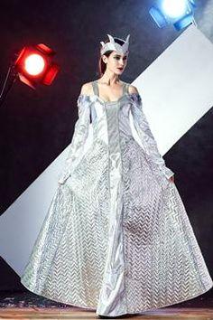 0436ca1bf New Woman Halloween Masquerade Cosplay Ancient Greek Goddess Costume Long  Dress