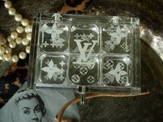 RARE Authentic LOUIS VUITTON Dice Set Lucite Box Case VIP Decor Accessory GAME…