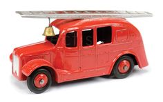 Dinky No. 250 Streamlined Fire Engine wartime