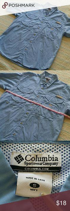 Columbia PFG Vented Short Sleeve Fishing Shirt Sm Columbia PFG Vented Short Sleeve Button Up Fishing shirt S Small Light  Blue Columbia Shirts Casual Button Down Shirts