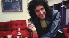 Queen Ii, Brian May, John Deacon, Days Of Our Lives, Freddie Mercury, Playing Guitar, Fandoms, Shit Happens, Guys