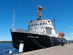 Icebreaker 'Stephan Jantzen' in Rostock, Germany Icebreaker, Sailing Ships, Germany, Urban, How To Plan, Boats, Luxury, Amazing, Rostock