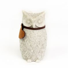 Owl Stone Effect Candle 10 cm