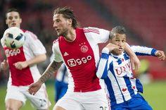 05-12-15 Ajax evenaart clubrecord uit 1995 met drie keer vijf goals op rij - AD.nl