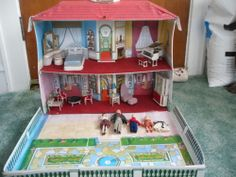 1960s Ideal Petite Princess Doll House with Family and Furniture